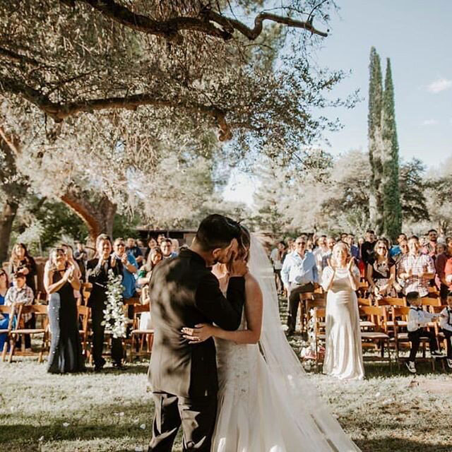 Oracle Tucson weddings at El Rancho Robles